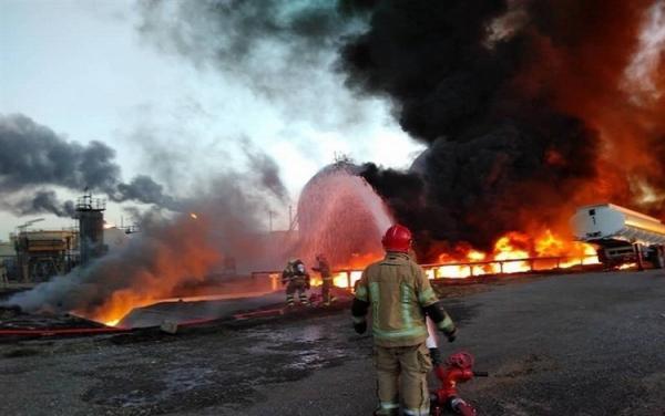 شرح فرماندار شهرری درباره آتش سوزی در پالایشگاه تهران